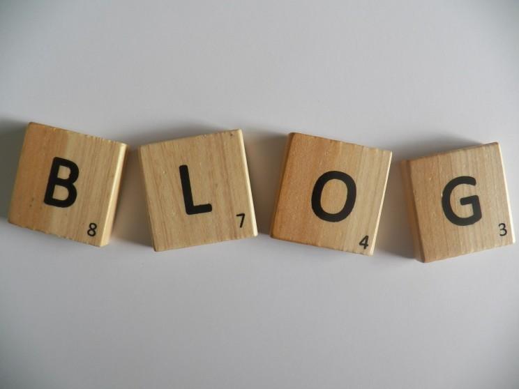 Artykuły na blogi, teksty poradnikowe.